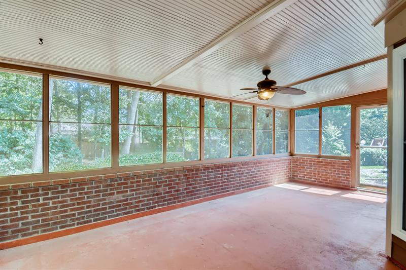 Photo of 5635 Bridle Glen Dr, Sugar Hill, GA, 30518
