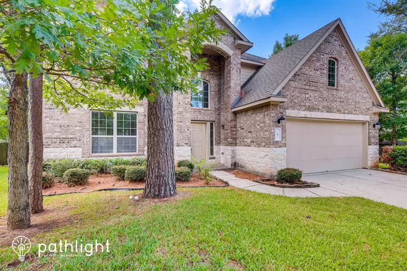 Photo of 4 Logan Creek Lane, Conroe, TX, 77304