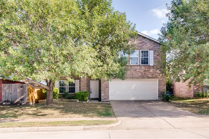 Photo of 5320 Murrieta Way, Fort Worth, TX 76244