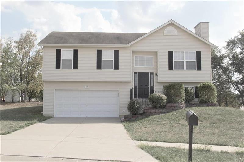 Photo of 406 Hickory Post Ct, Wentzville, MO, 63385