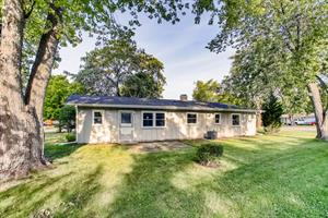 Home for rent in Streamwood, IL