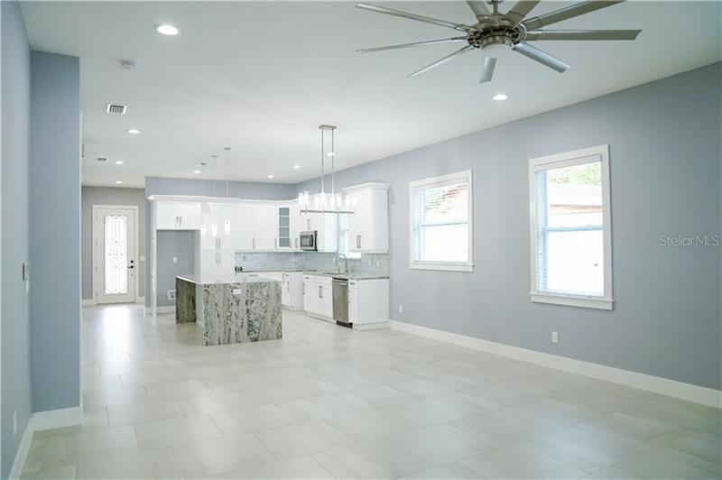 Photo of 105 E Broad Street, Tampa, FL, 33604