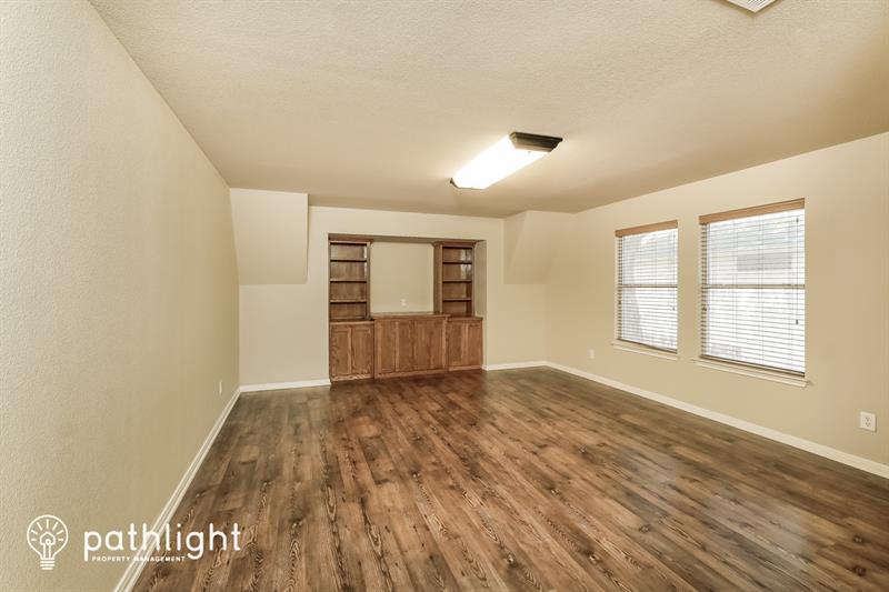 Photo of 1000 Oak Ridge, Schertz, TX, 78154
