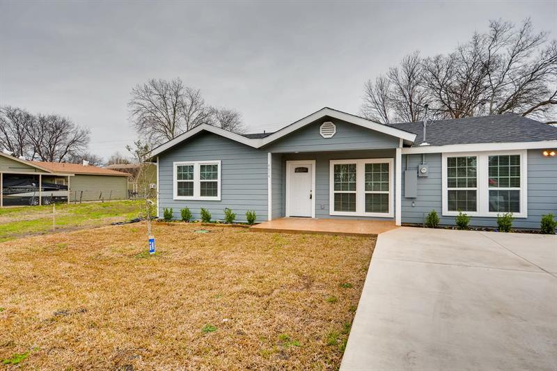 Photo of 4614 West Lake Highlands Drive, The Colony, TX, 75056