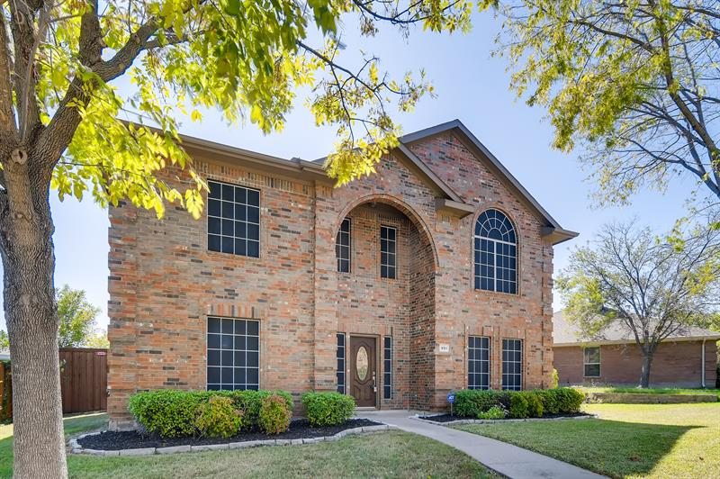 Photo of 991 Starlight Pl, Rockwall, TX 75087