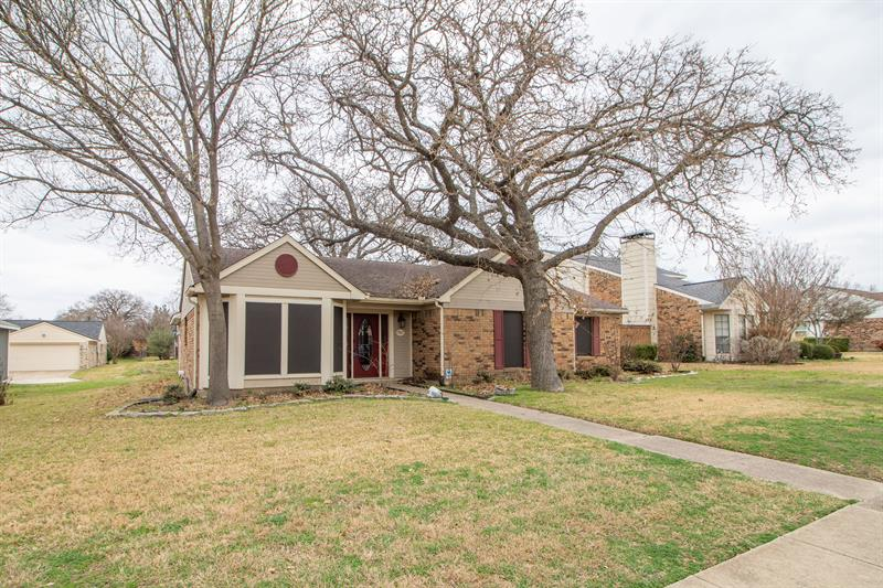 Photo of 987 Redcedar Way Dr, Coppell, TX, 75019