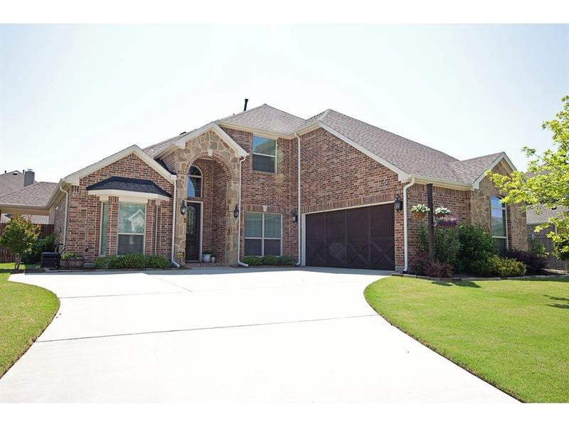 Photo of 211 Captains Ct, Mansfield, TX, 76063