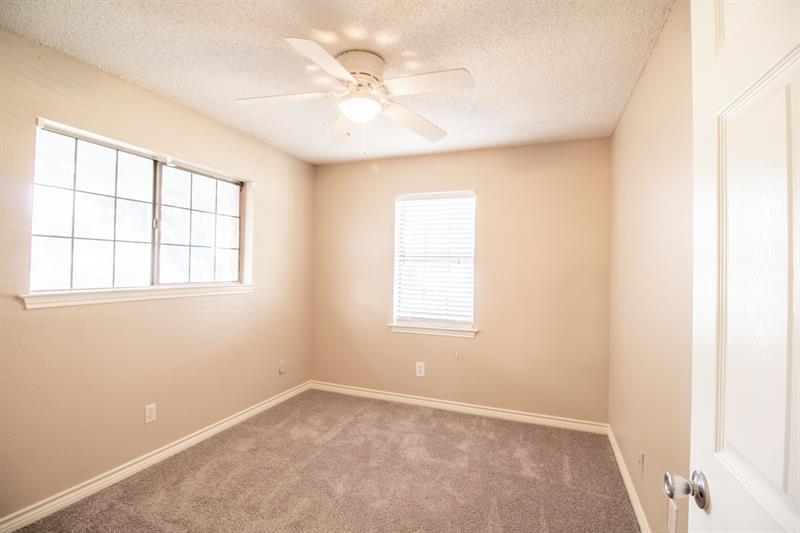 Photo of 641 Park Ln., Highland Village, TX, 75077