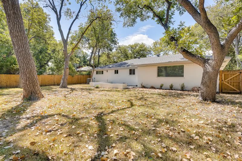 Photo of 3446 Silverwood Lane, Dallas, TX, 75233