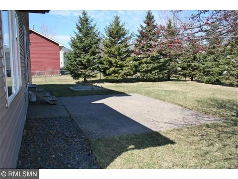 Photo of 505 Maple Knoll Way NW, St Michael, MN, 55376