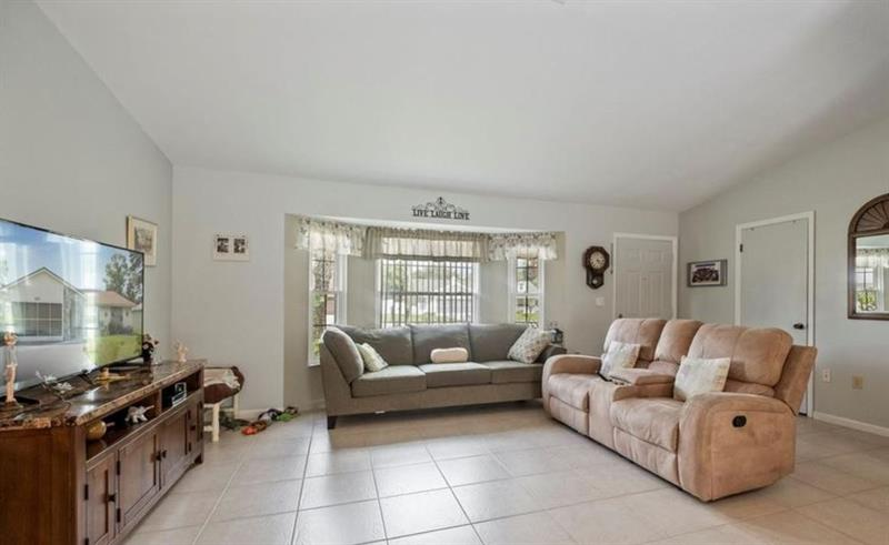 Photo of 6572 Freeport Drive, Spring Hill, FL, 34608