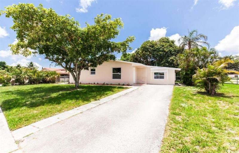 Photo of 6094 Fair Green Rd, West Palm Beach, FL, 33417