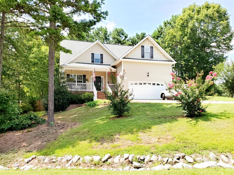 Photo of 19 Crabapple Ln, Clayton, NC 27527