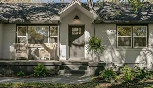 Home for rent in Prairie Village, KS