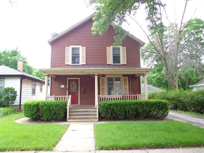 Photo of 77 Center Street, Crystal Lake, IL, 60014