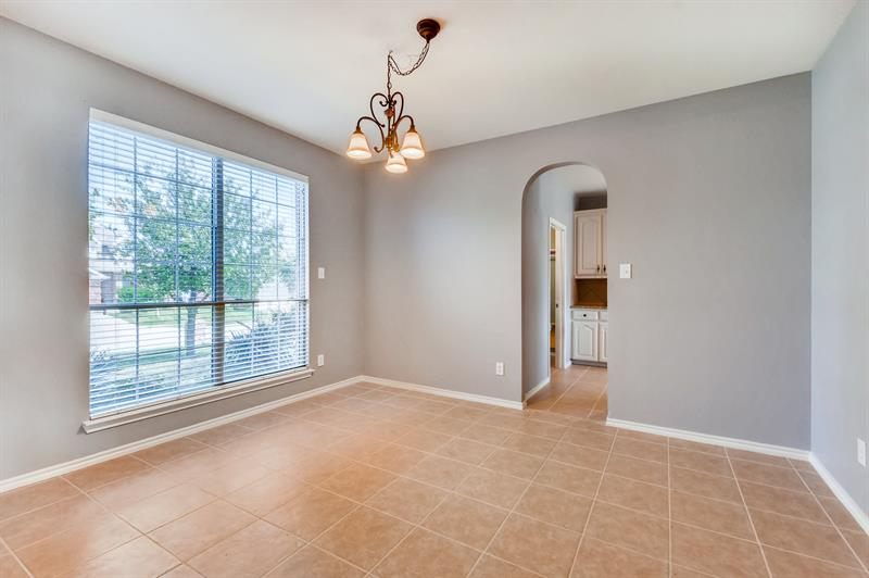 Photo of 10137 Red Bluff Lane, Fort Worth, TX, 76177
