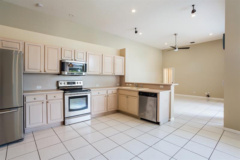 Photo of 4917 Kensington Cir, Coral Springs, FL, 33076