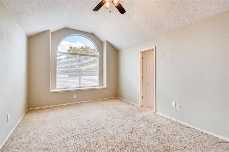 Photo of 7433 Buckskin Ct, Fort Worth, TX, 76137
