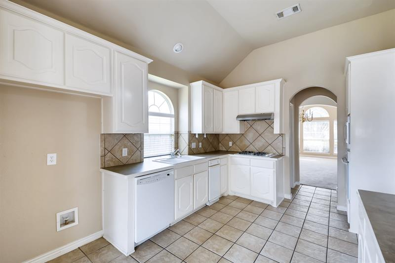 Photo of 5506 Independence Ave, Arlington, TX, 76017