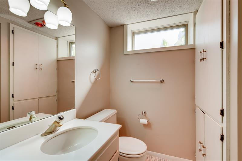 Photo of 645 Windemere Curve North, Plymouth, MN 55441