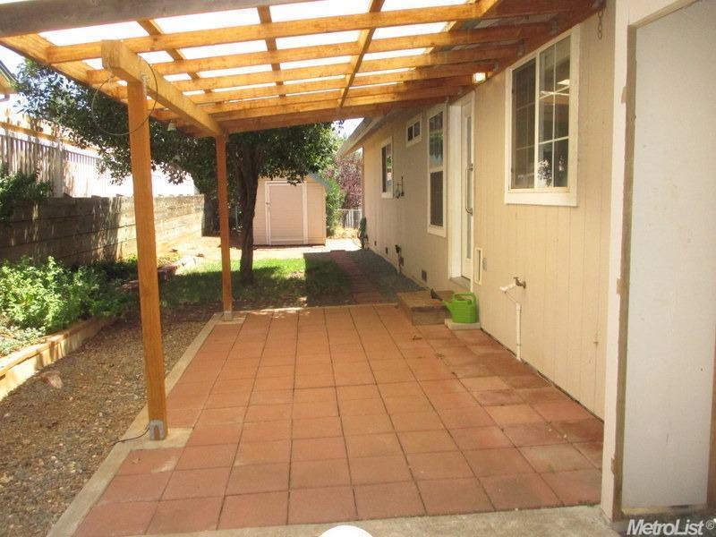 Photo of 3161 Verde Robles Dr, Camino, CA, 95709