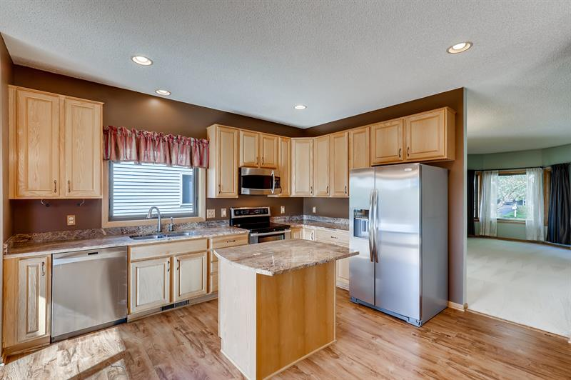 Photo of 230 Butternut Circle, Carver, MN, 55315