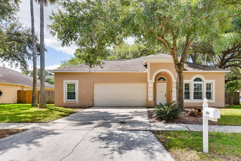 Photo of 5901 Erhardt Drive, Riverview, FL, 33578