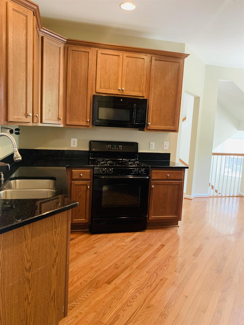 Photo of 14308 Sharpshinned Dr, Gainesville, VA 20155