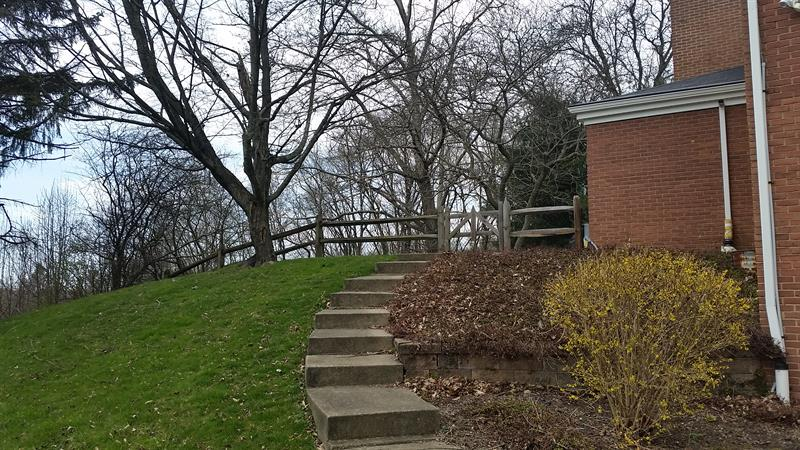 Photo of 399 Wickford Dr, Pittsburgh, PA, 15238