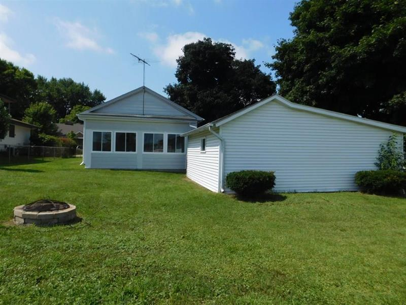 Photo of 402 South 13th Avenue, St. Charles, IL, 60174