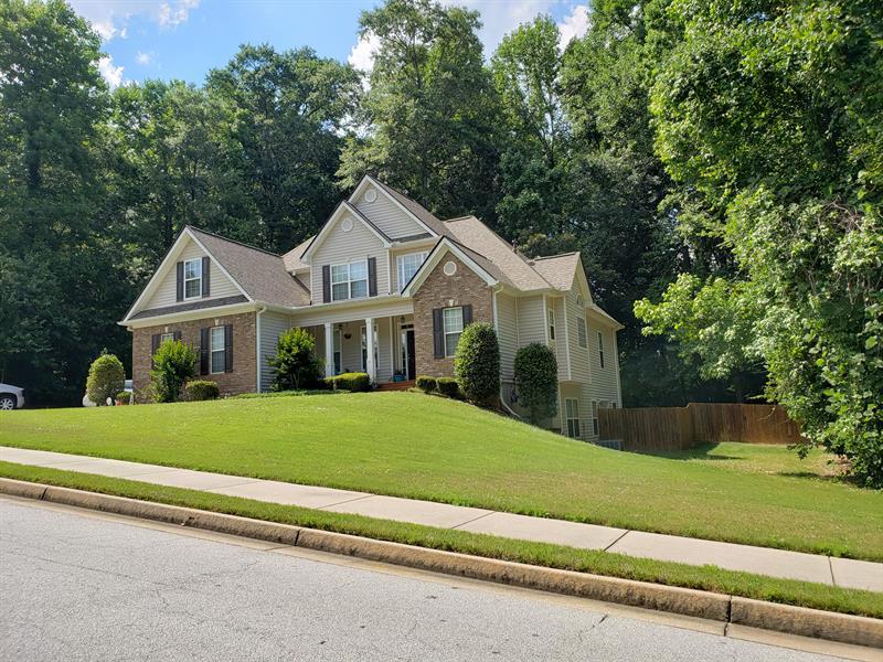 Photo of 111 Beaverbrook Ln, Fayetteville, GA, 30215