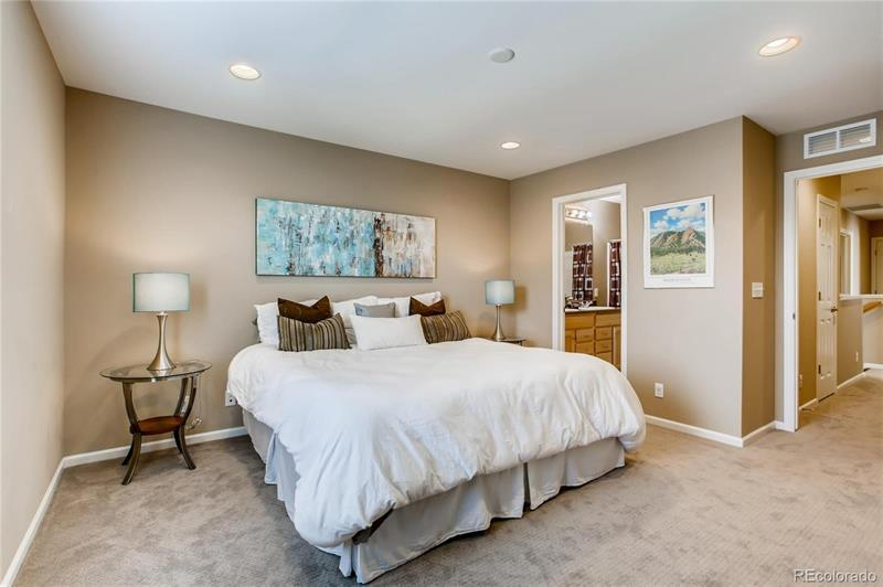 Photo of 2172 Willow Ct, Denver, CO, 80238