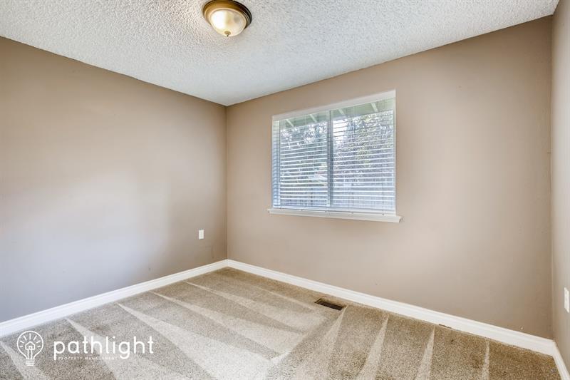 Photo of 2403 Shaw Rd E, Puyallup, WA, 98374