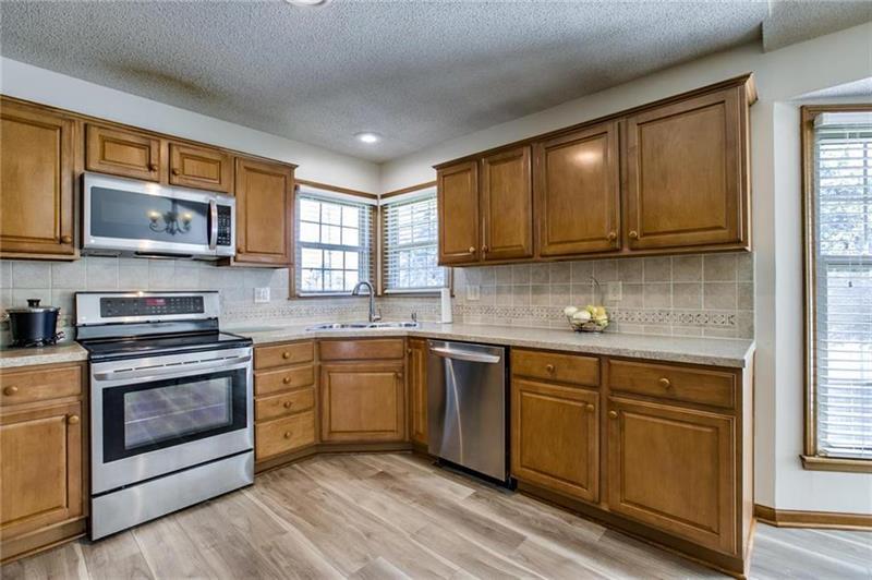 Photo of 4703 Hayes Avenue, Merriam, KS, 66203