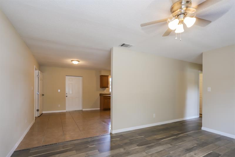 Photo of 14800 11Th Street, Dade City, FL, 33523