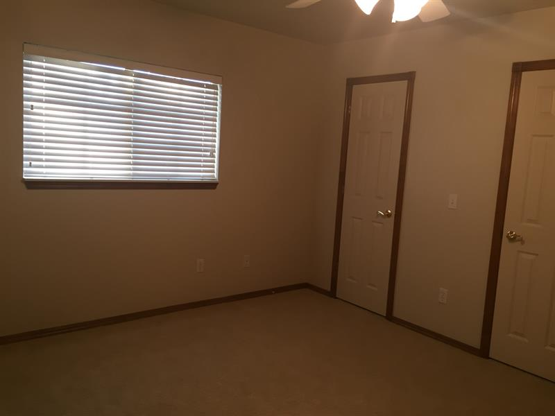 Photo of 14912 Jefferson Ln, Oklahoma City, OK 73134