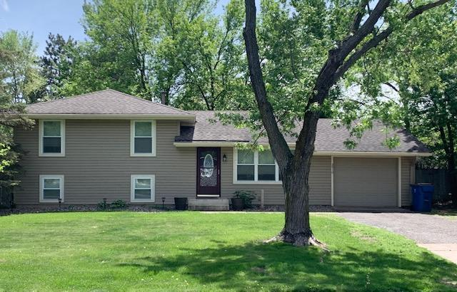 Photo of 2910 114th Avenue Northwest, Coon Rapids, MN, 55433