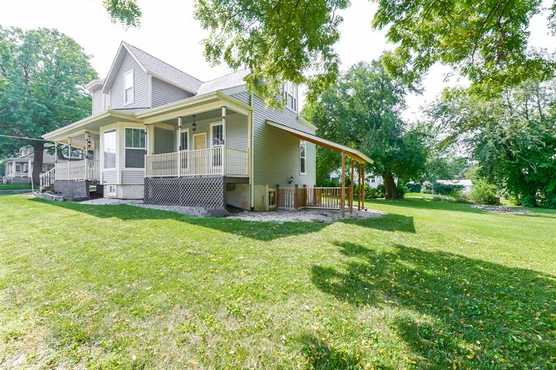 Photo of 210 E Hale St, Spring Hill, KS, 66083