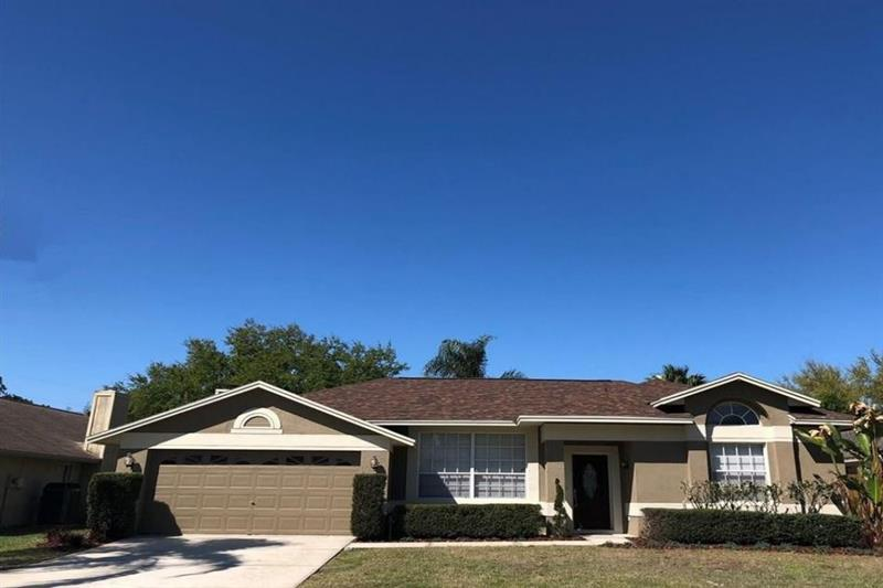 Photo of 500 Waterford Cir W, Tarpon Springs, FL, 34688