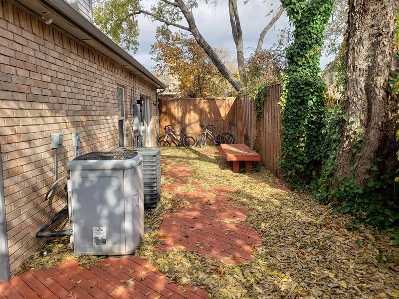Photo of 18758 Vista Del Sol, Dallas, TX, 75287