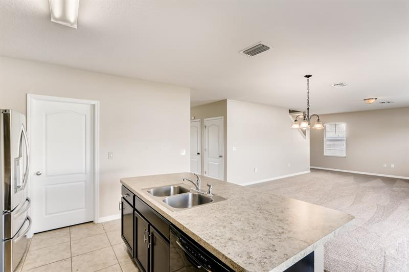 Photo of 3812 Crystal Dew St, Plant City, FL 33567