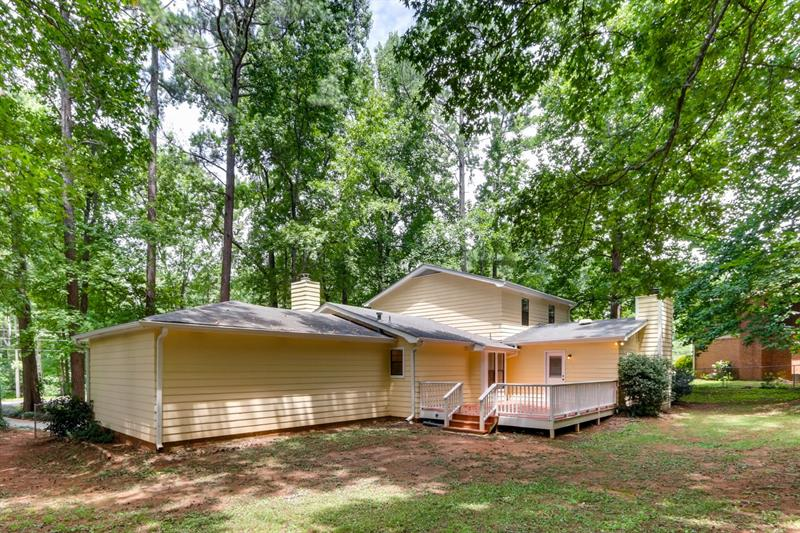 Photo of 42 Lynn Cir, Newnan, GA 30263