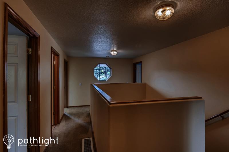Photo of 4372 Southeast Pine Way, Hillsboro, OR, 97123