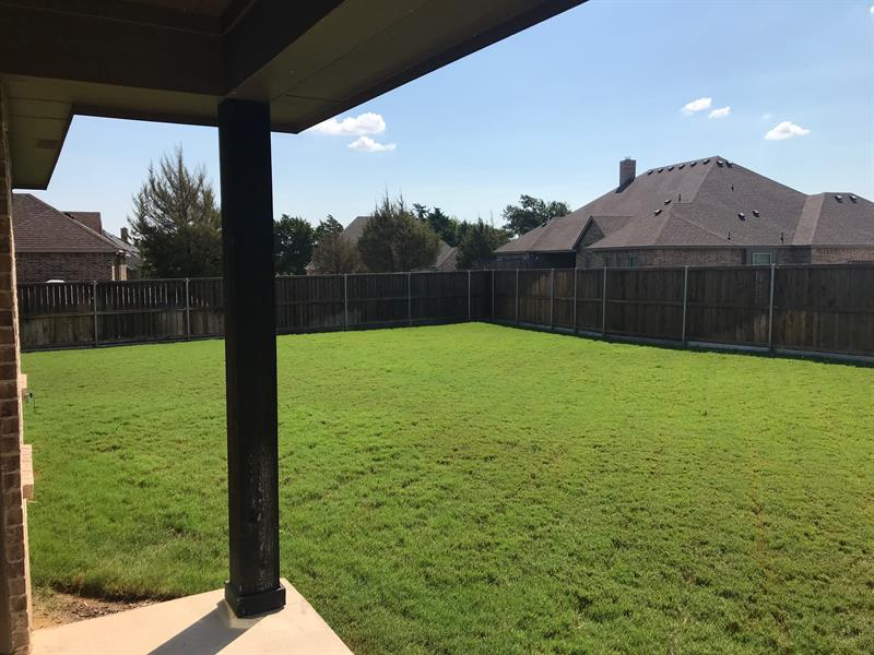 Photo of 529 Savannah Dr, Ovilla, TX 75154