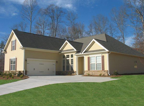 Photo of 120 Savannah Dr, Senoia, GA, 30276
