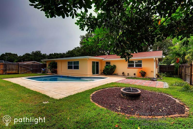 Photo of 1480 Marjohn Avenue, Clearwater, FL, 33756