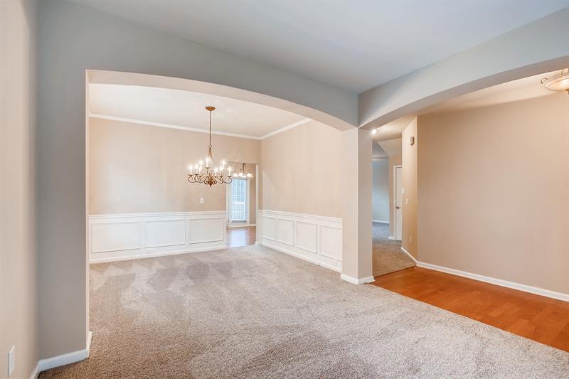 Photo of 466 Crestmont Ln, Canton, GA, 30114