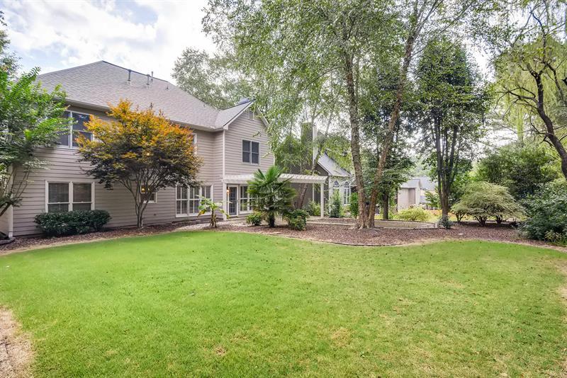 Photo of 1045 Mayfield Manor Dr, Alpharetta, GA, 30009