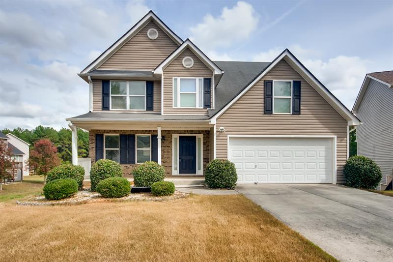 Photo of 2989 Meadow Point Dr, Snellville, GA, 30039