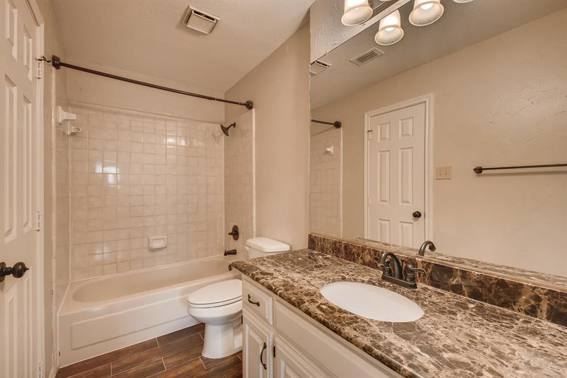Photo of 2704 Yorkshire Court, Grapevine, TX, 76051